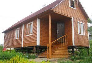 Дом на свайном основании - надежная и долговечная конструкция