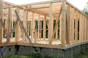 Необходимо тщательно выбирать древесину для долгой службы