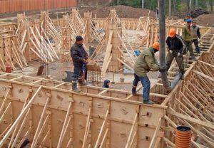 Съемная конструкция используется в промышленном и частном строительстве