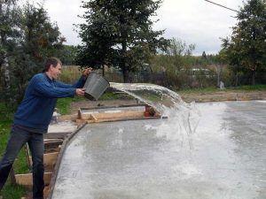 Увлажнение бетона
