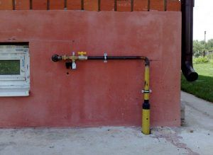 Г-образный цокольный газовый ввод