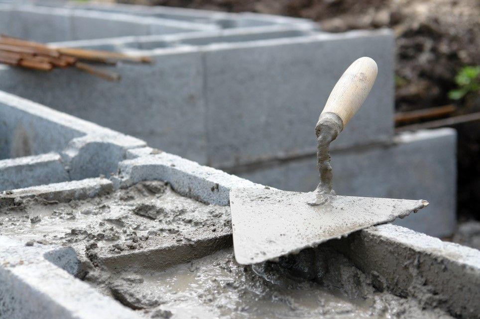 Рассчитать количество мешков цемента на фундамент
