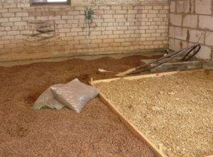 Подготовка к заливке бетонного пола по грунту