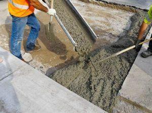 заливка цемента в фундамент