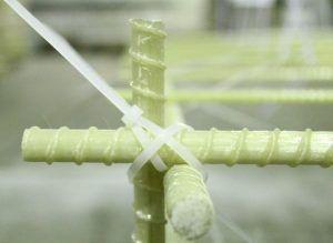 Ребристый композитный прут
