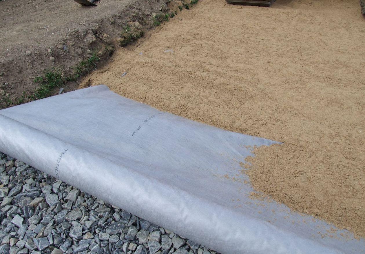 Устройство песчано щебеночной подушки