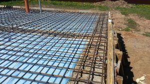 Строительство плитного фундамента